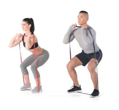 ćwiczenia z gumą oporową