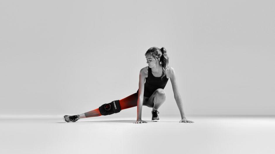 rękaw rozgrzewająco-wibracyjny Venom Leg kolano
