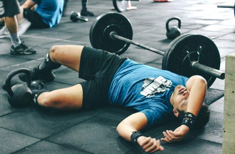 crossfit brak postepow treningowych