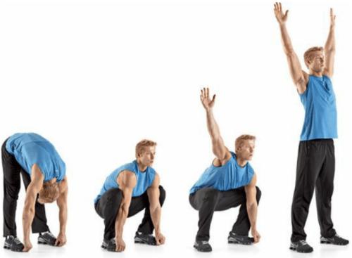 rozciąganie dynamiczne przysiad sumo z wyprostem ramion nad głowę